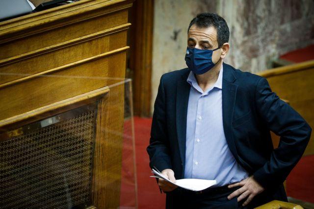 «Τότε δεν είχαμε πανδημία» – Η απίστευτη απάντηση του Σαντορινιού για το ξύλο επί ΣΥΡΙΖΑ σε διαδηλωτές για τις Πρέσπες   tanea.gr