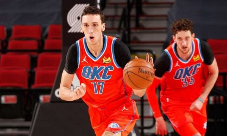 NBA : Συνεχίζει να εντυπωσιάζει ο Ποκουσέφσκι | tanea.gr