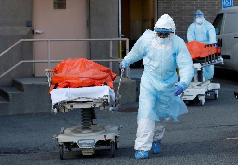 ΗΠΑ : Λιγότεροι από 1.000 από κοροναϊό μέσα σε 24 ώρες για πρώτη φορά από τον Νοέμβριο | tanea.gr