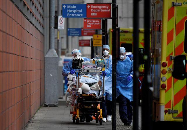 «Θερίζουν» στη Βρετανία οι μολύνσεις στα νοσοκομεία από κοροναϊό | tanea.gr