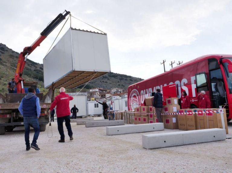 Δαμάσι: Παραδόθηκαν και οι τελευταίοι τέσσερις οικίσκοι προσφορά του Βαγγέλη Μαρινάκη | tanea.gr