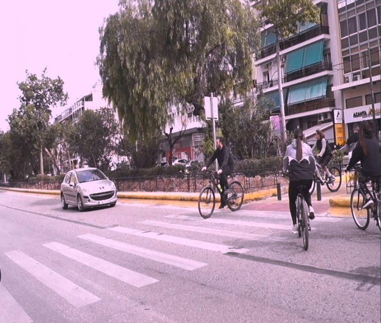 Έξι χρόνια χωρίς φανάρι η επικίνδυνη διάβαση στον ποδηλατόδρομο Γκάζι-Φάληρο | tanea.gr