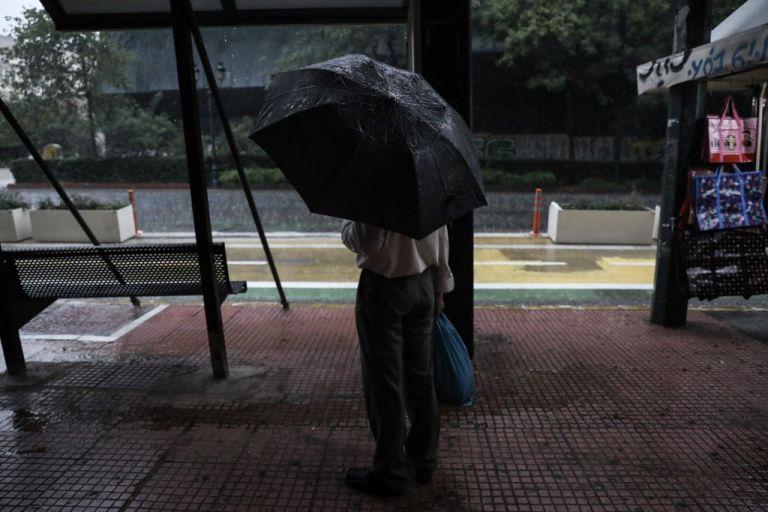 Καιρός : Πρόσκαιρες βροχές την Κυριακή με μικρή πτώση της θερμοκρασίας   tanea.gr
