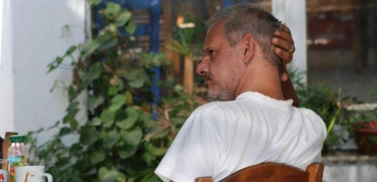 Πέθανε ξαφνικά ο art director Δημήτρης Φωτόπουλος | tanea.gr