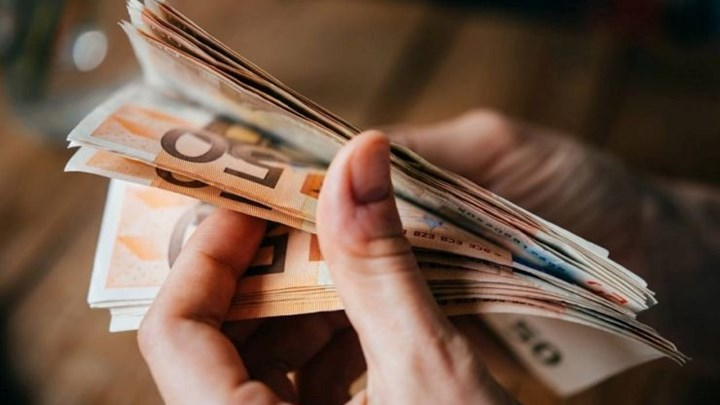 Σταϊκούρας: Θα στηρίζουμε την κοινωνία όσο επιβάλλει η υγειονομική κρίση -  Τα νέα μέτρα στήριξης ύψους 1 δισ. ευρώ για τον Απρίλιο | tanea.gr