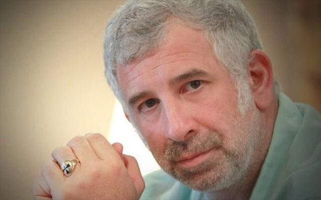 Πέτρος Φιλιππίδης :  «Οι σειρές που έχω κάνει έχουν σκίσει, άρα «πουλάω» | tanea.gr
