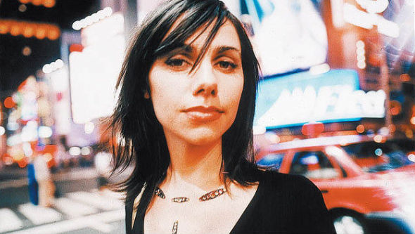 PJ Harvey: Μια πρώτη γεύση από το νέο άλμπουμ «Uh Huh Her – Demos»   tanea.gr