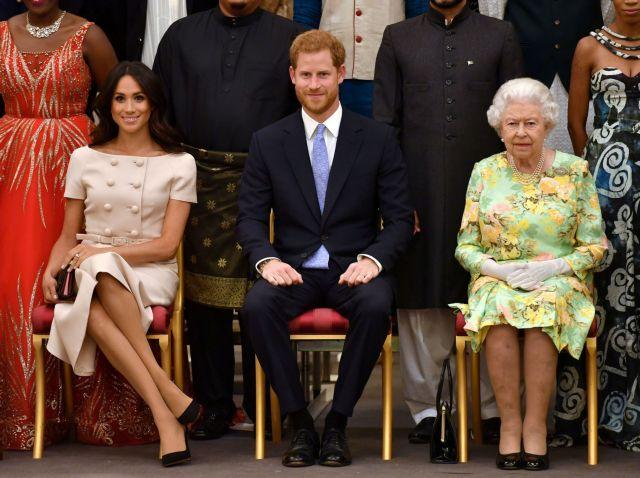 Πώς ένιωσε η βασίλισσα Ελισάβετ μετά τη συνέντευξη-βόμβα του πρίγκιπα Χάρι και της Μέγκαν Μαρκλ   tanea.gr