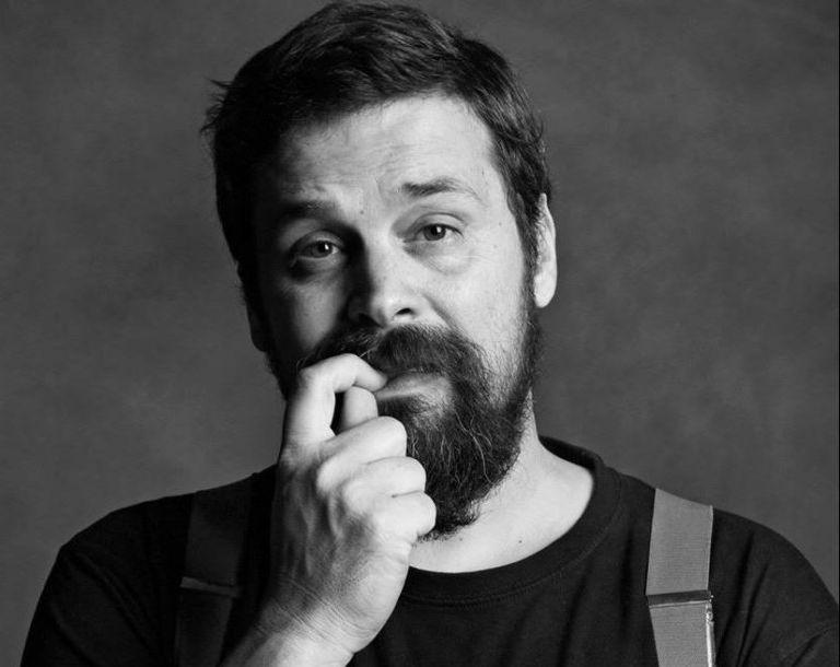 Ο συνθέτης Σπύρος Γραμμένος για «το συμβάν» σεξουαλικής κακοποίησης που βίωσε όντας 13 ετών | tanea.gr