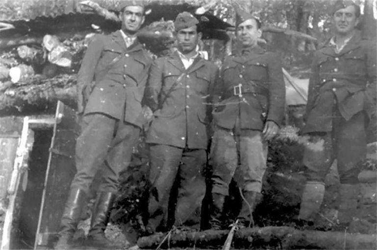 Ο εγγονός του Γιώργη Λαμπρινού και η ιστορία της οικογένειάς του | tanea.gr
