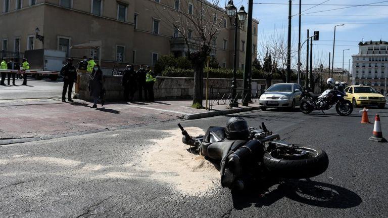 Αποκλειστικό MEGA: Βίντεο – ντοκουμέντο από το τροχαίο στη Βουλή | tanea.gr