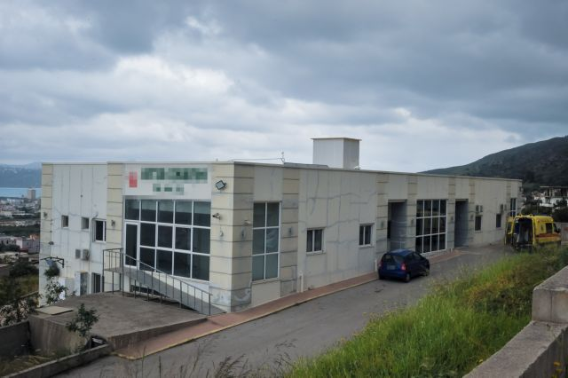 Νέα σοβαρή καταγγελία για το γηροκομείο – κολαστήριο στα Χανιά: Πούλησαν το σπίτι ηλικιωμένης με άνοια | tanea.gr
