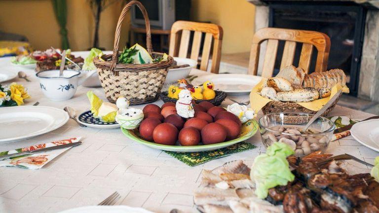 Η πρόταση των ειδικών για τους καλεσμένους στο τραπέζι της Λαμπρής   tanea.gr