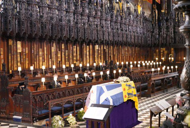 Κηδεία Φιλίππου : Η Βρετανία αποχαιρέτησε τον πρίγκιπα – Τα δάκρυα και η μοναξιά της Ελισάβετ   tanea.gr