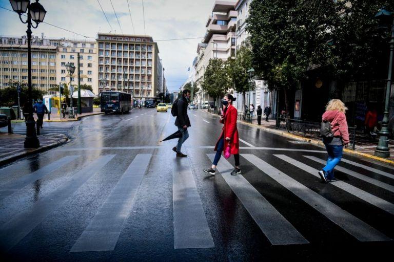 Εκτός ελέγχου η κατάσταση στην Αττική με 1.649 κρούσματα | tanea.gr