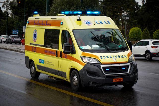 Τρόμος από τους 104 νεκρούς και τους 819 διασωληνωμένους | tanea.gr