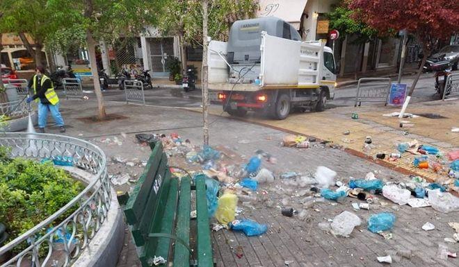 Ενας απέραντος σκουπιδότοπος ξανά η πλατεία Αγίου Γεωργίου στην Κυψέλη | tanea.gr