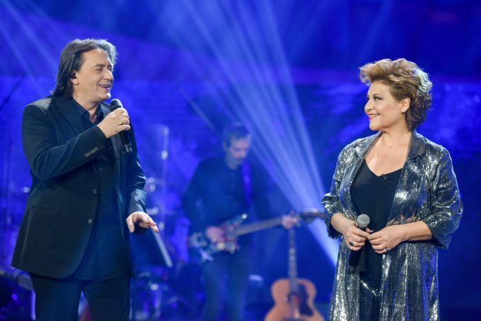 «Σπίτι με το MEGA»: Δείτε πρώτοι μουσικό απόσπασμα με τον Γιάννη Κότσιρα και τη Γιώτα Νέγκα | tanea.gr
