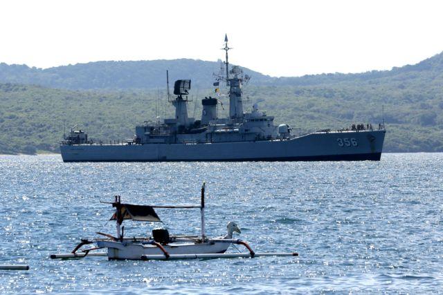 Ινδονησία: Ακαρπες οι έρευνες για το χαμένο υποβρύχιο – Οι ΗΠΑ στέλνουν αεροσκάφος για να βοηθήσει | tanea.gr