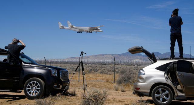 Stratolaunch: Δεύτερη δοκιμαστική πτήση για το μεγαλύτερο αεροπλάνο του κόσμου   tanea.gr