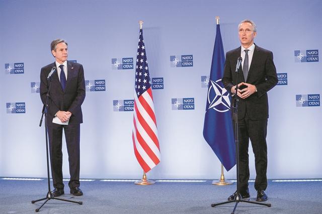 Αυστηρό μήνυμα από ΗΠΑ και ΝΑΤΟ προς τη Ρωσία | tanea.gr