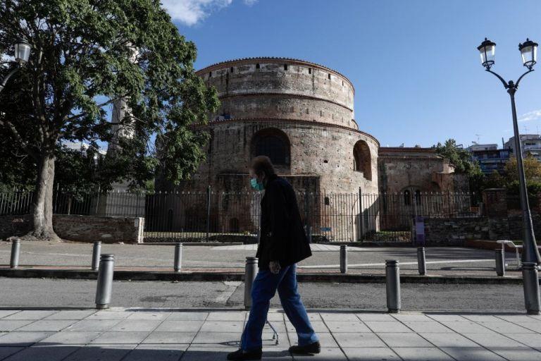 Κοροναϊός: «Φλέγονται» Αττική και Θεσσαλονίκη | tanea.gr