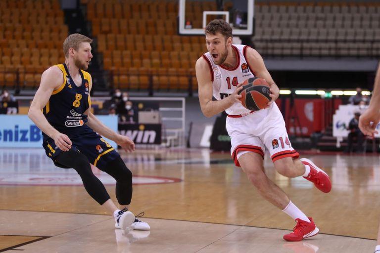 MVP της 34ης αγωνιστικής ο Σάσα Βεζένκοφ   tanea.gr