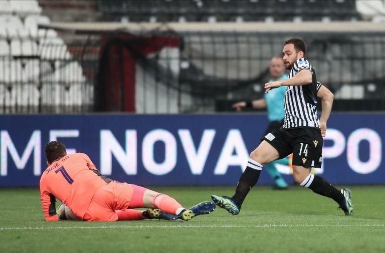 Ο Ζίβκοβιτς χάρισε τη νίκη στον «δικέφαλο» του Βορρά | tanea.gr