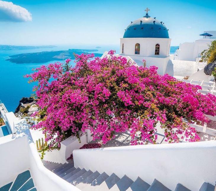 Η Ελλάδα ανοίγει τις πόρτες της σε τουρίστες στην σκιά του κοροναϊού | tanea.gr