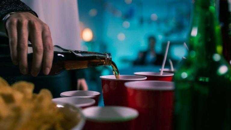 Χωρίς τέλος συνωστισμοί και κορονο-πάρτι | tanea.gr