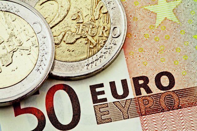 ΟΟΣΑ: Στα ύψη η φορο-επιβάρυνση των μισθών στην Ελλάδα   tanea.gr