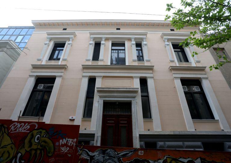 Με έκθεση της συλλογής Λοβέρδου θα ξανανοίξει για το κοινό το ανακαινισμένο Μέγαρο Τσίλλερ-Λοβέρδου   tanea.gr
