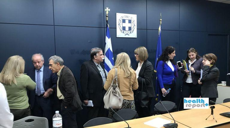 Βουλή : Χαμός με την τροπολογία για την ασυλία της Επιτροπής λοιμωξιολόγων | tanea.gr