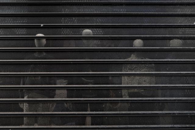 Αναστολή του ανοίγματος της αγοράς σε Θεσσαλονίκη, Κοζάνη και Αχαΐα | tanea.gr
