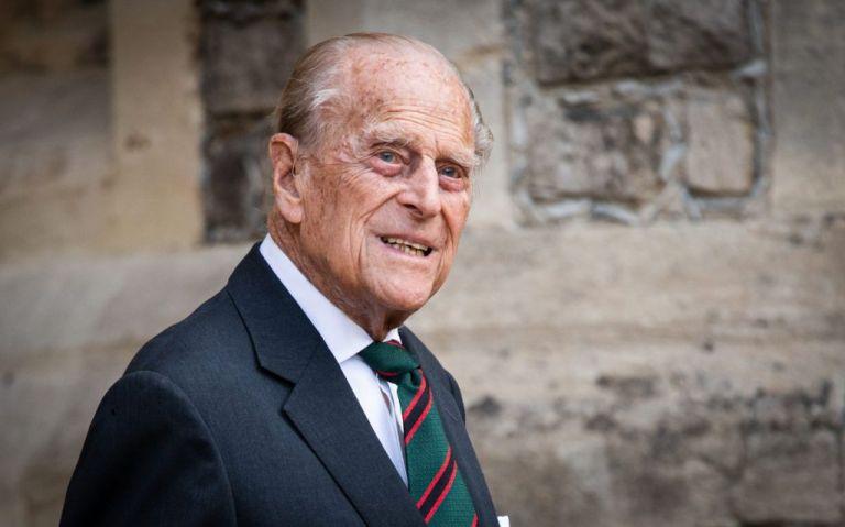 Πώς θα γίνει η κηδεία του πρίγκιπα Φίλιππου : Ποιοι είναι οι 30 συμμετέχοντες – Χωριστά θα περπατούν Γουίλιαμ και Χάρι   tanea.gr