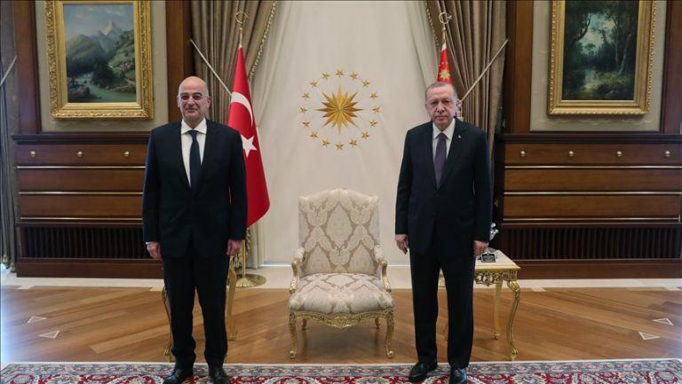 Τουρκία : Ολοκληρώθηκε το τετ α τετ Εντογάν με Δένδια | tanea.gr