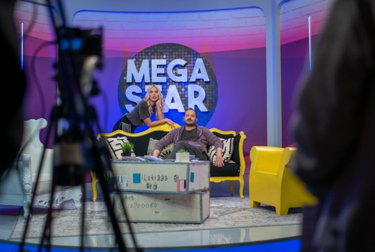 «MEGA STAR» με τη Μαντώ Γαστεράτου και τον Αντώνη Δημητριάδη – Καλεσμένος ο Βαλάντης   tanea.gr
