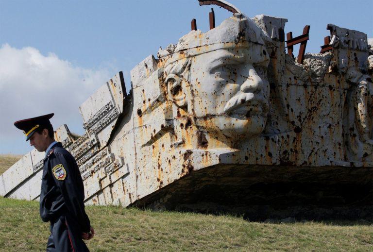 Απειλεί η Μόσχα: Θα καταστραφεί η Ουκρανία αν ξεσπάσει πόλεμος | tanea.gr