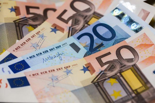Πληρώθηκαν Δώρο Πάσχα και επιδόματα ανεργίας | tanea.gr