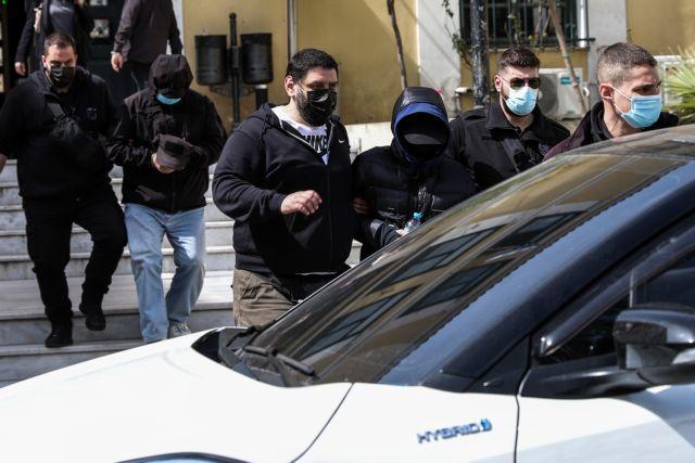 Μένιος Φουρθιώτης: Τον αδειάζουν οι συγκατηγορούμενοί του | tanea.gr