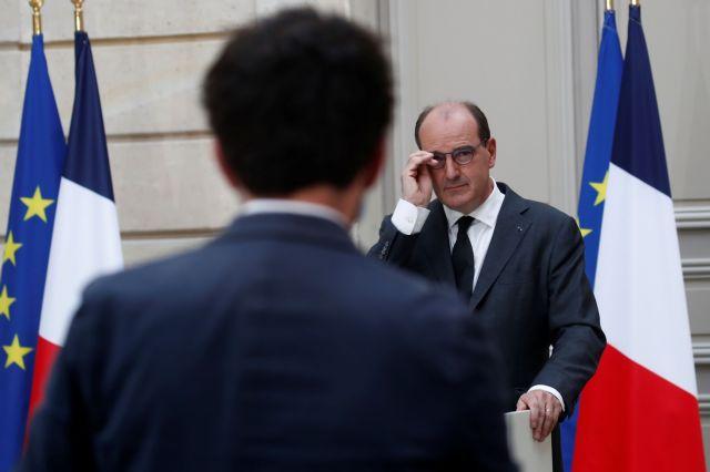 Γαλλία: Σάλος από άρθρο στρατηγών κι αξιωματικών που τάσσονται υπέρ της επιβολής στρατιωτικού νόμου | tanea.gr