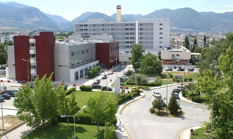 Στο νοσοκομείο με εγκεφαλικό 60χρονη από τον Πύργο μετά τον εμβολιασμό της με AstraZeneca | tanea.gr