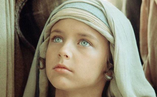Ο Ιησούς από τη Ναζαρέτ: Κανείς δεν ξέρει τι κάνει σήμερα ο μικρός με την αγγελική μορφή που υποδύθηκε τον Χριστό | tanea.gr
