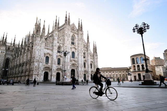 Ιταλία: Πλησιάζουν τα 4 εκατ. οι μολύνσεις από την αρχή της πανδημίας | tanea.gr