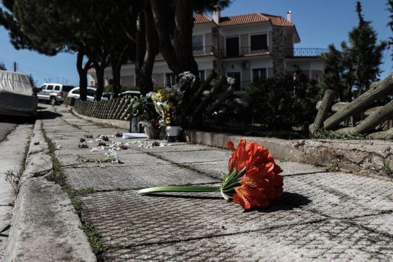 Γιώργος Καραϊβάζ: Μαρτυρίες «δείχνουν» ύποπτο ζευγάρι στον τόπο δολοφονίας   tanea.gr