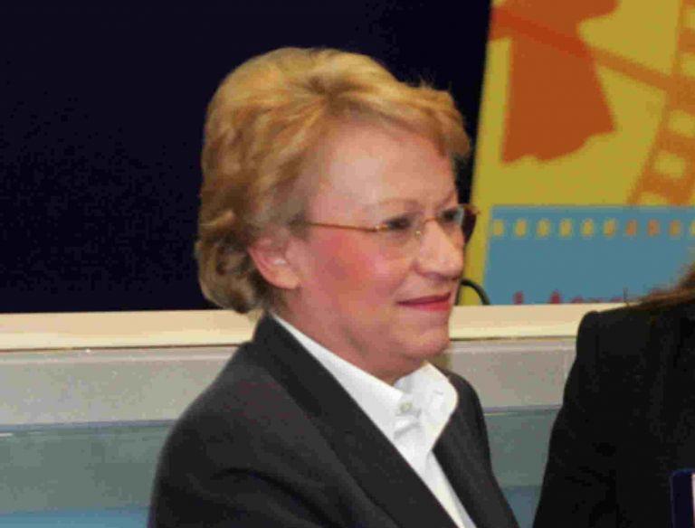 Πέθανε η δημοσιογράφος Έννυ Μαγιάση | tanea.gr