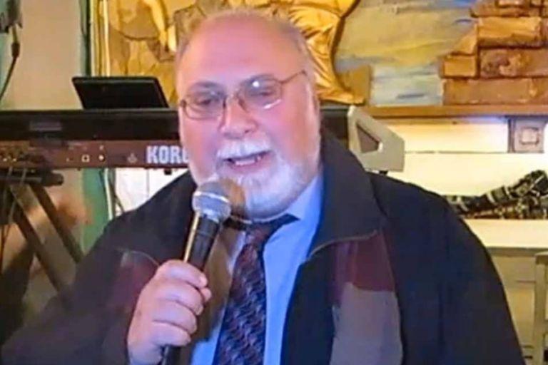 Λέσβος : Πέθανε από κοροναϊό ο δημοσιογράφος και εκδότης Βασίλης Μαγκαναδέλλης | tanea.gr