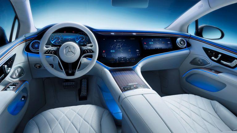 Πιο εντυπωσιακό δεν γίνεται το νέο ταμπλό και το εσωτερικό της  ηλεκτρικής Mercedes-Benz EQS | tanea.gr