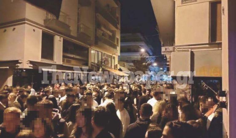 Στον ρυθμό των κορονοπάρτι κι ο Βόλος – Γείτονες έριχναν νερά από μπαλκόνια για να διαλύσουν το πλήθος   tanea.gr