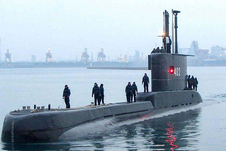 Ινδονησία: Σε βάθος 850 μέτρων βυθίστηκε το υποβρύχιο – Φόβοι ότι εξαντλήθηκε το οξυγόνο | tanea.gr